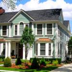Фасад, созданный в бирюзовом цвете