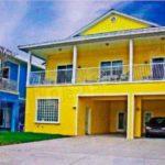 Фасад желтого цвета для дома