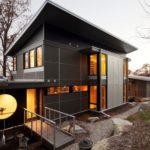 Фасадные панели черного цвета