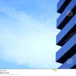Голубой фасад, выполенный с помощью современных панелей