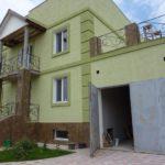 Используем оливковый фасад для дома