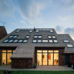 Маленькие окна для оформления фасада