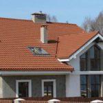 Оформление фасада с треугольными окнами