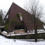Оригинальный внешний вид фасада треугольной формы