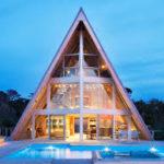 Особенности оформления треугольного фасада
