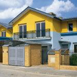 Панели для фасада дома в голубом цвете