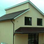 Применение фасада с односкатной крышей