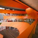 Пример фасада в оранжевом цвете