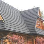 Современная трехскатная крыша для оформления фасада