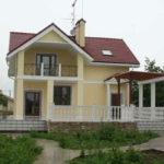 Современный фасад с террасой