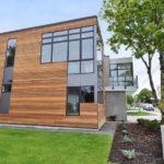 Стильный дом с деревянным фасадом