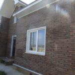 Выбираем современные панели коричневого цвета для фасада