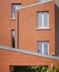 Оформление фасада с помощью красной плитки