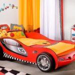 Детская кровать машинка: виды и особенности