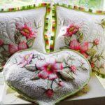 Как сшить красивую декоративную подушку?