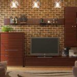 Декоративная плитка в интерьере гостиной
